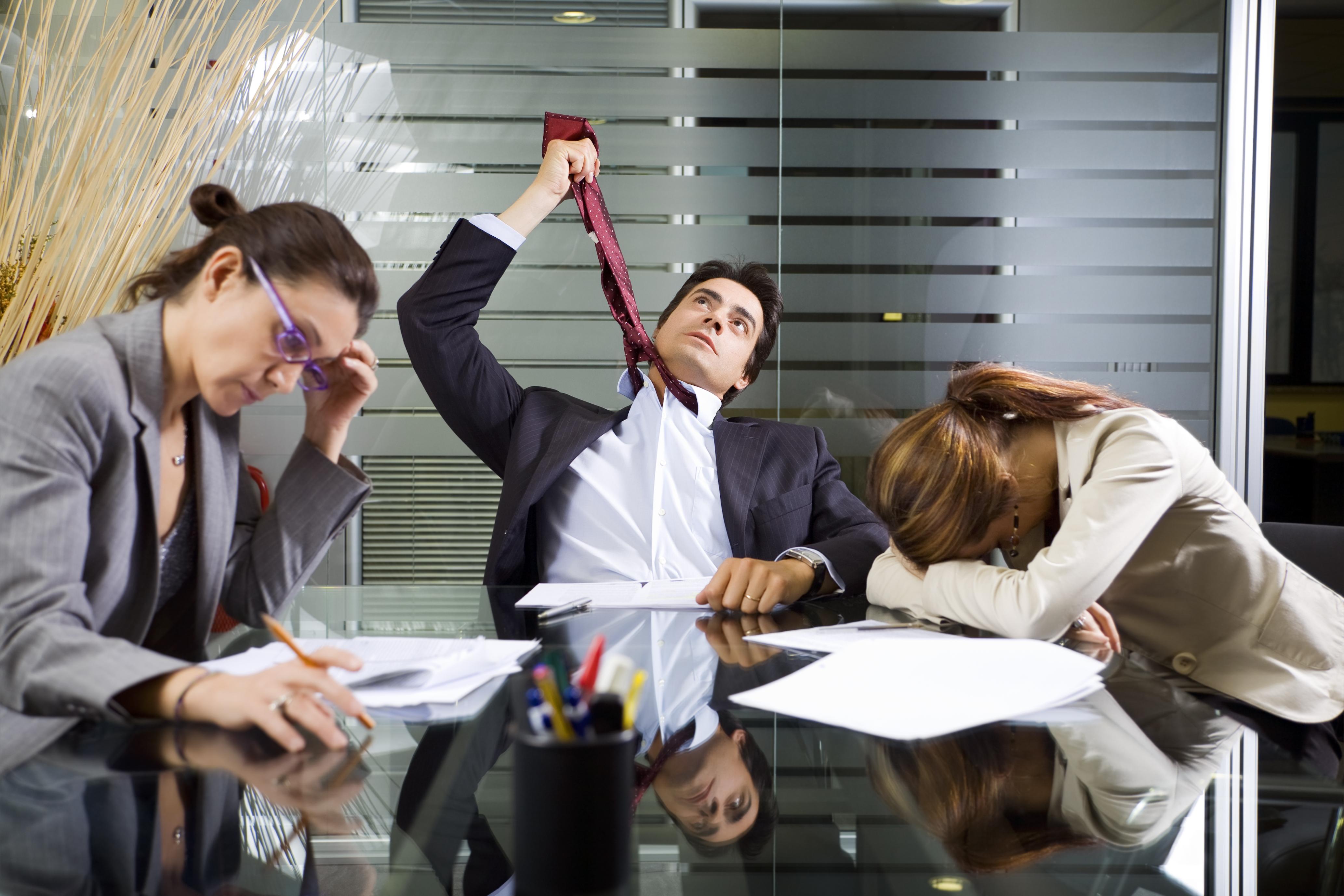 чем заняться в жизни, как найти своё дело, устал от офисной работы, офисное рабство, надоела наемная работа, как начать работать на себя, офисный планктон