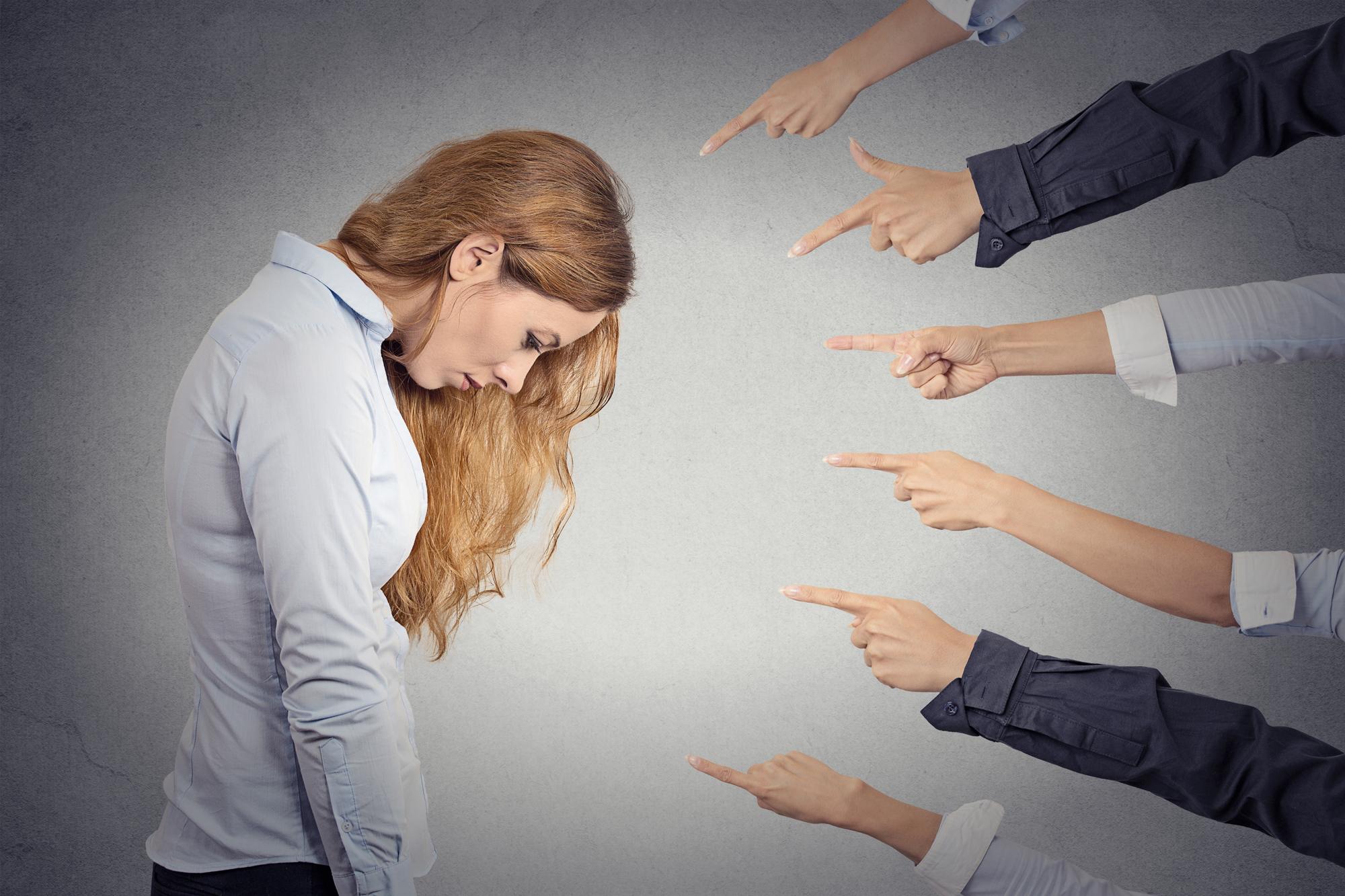 как повысить самооценку, как изменить самооценку, низкая самооценка, проблемы с самооценкой, не всё в порядке с самооценкой, как принять себя, как полюбить себя, как избавиться от чувства вины, как не обращать внимания на чужое мнение, зависимость от мнения окружающих